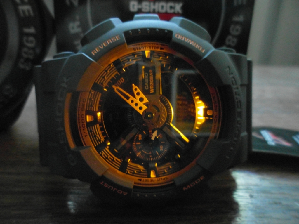 g-shock-ga-110ts-1a4-lighting