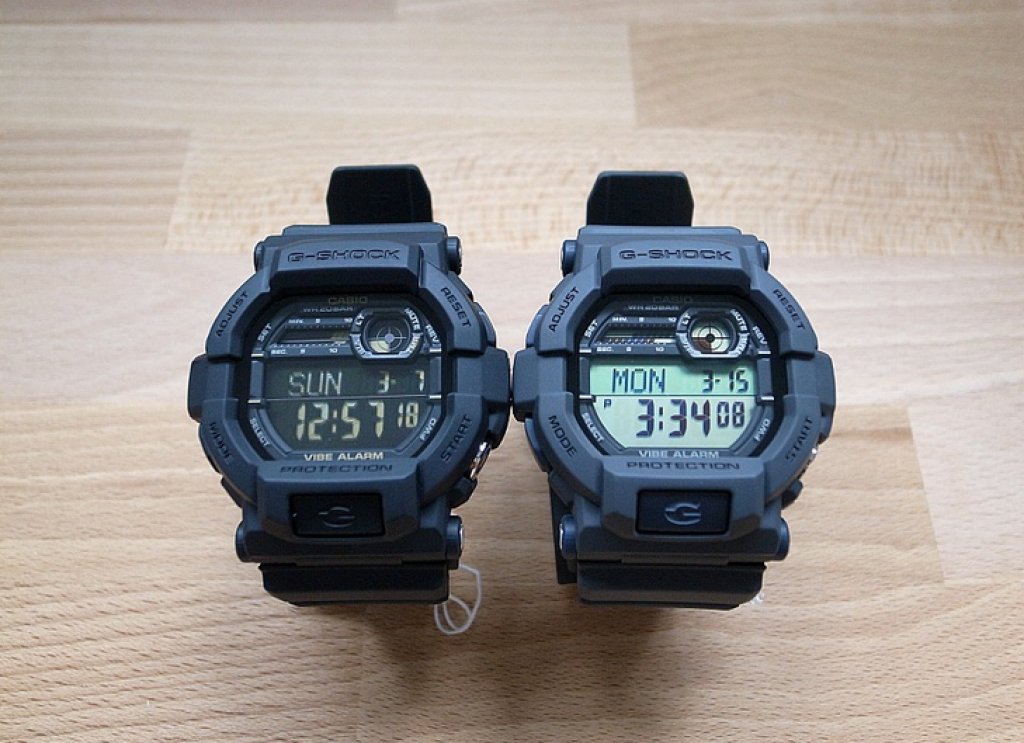 g-shock-gd350-1b-and-gd350-8