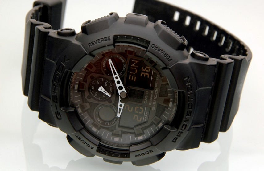 Casio Men's G-Shock GA100-1A1 Black Watch Review