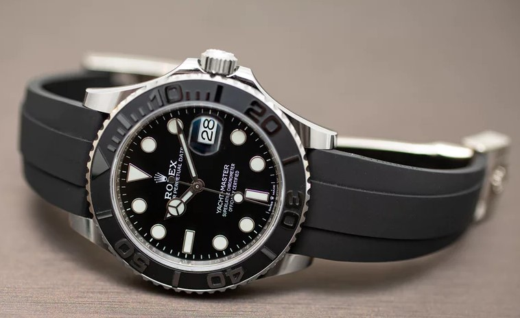 Rolex Oyster Perpetual Yacht-Master 42 side view