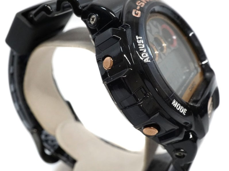 DW-6900SLG THE BISHAMONTEN WATCH TO ADD TO YOUR COLLECTION left view