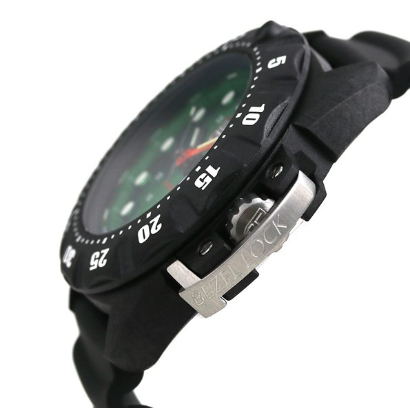 Luminox Watch Scott Cassell Deep Dive Carbon 1567 side view