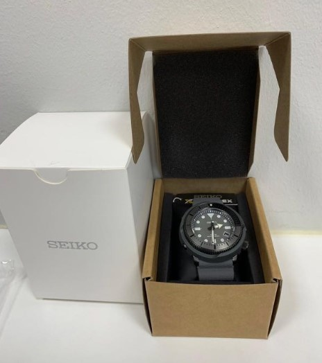 SEIKO Prospex Street Sports SNE537P1 box view
